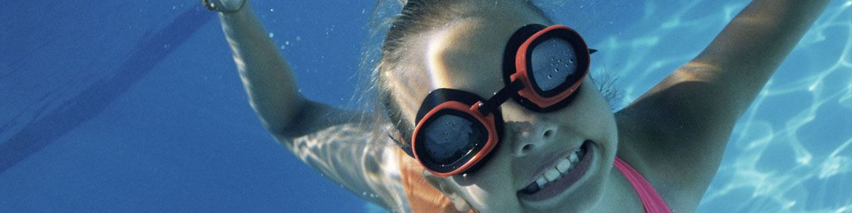 Image of a girl swimming underwater