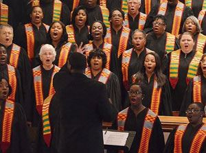 Lowcountry Voices chorus performing