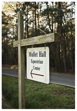 Mullet Hall Equestrian Center Sign