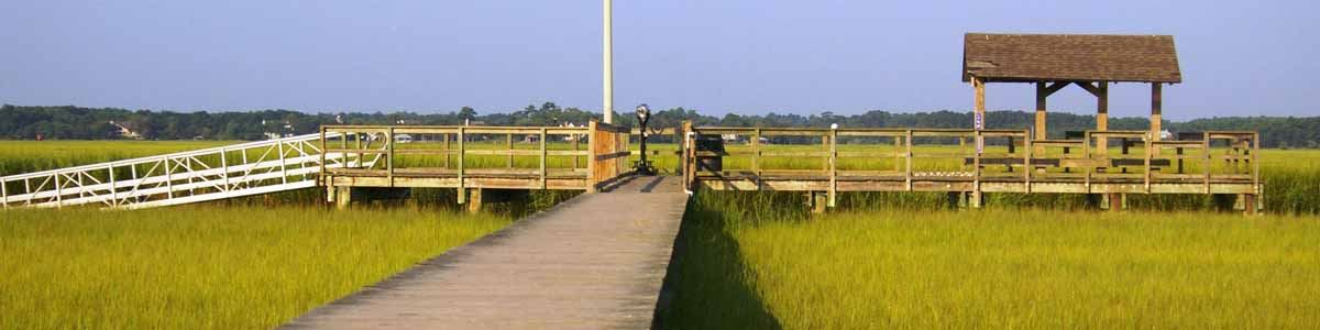 Image of the fishing dock at James Island County Park
