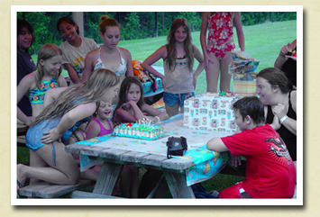 Image of kids at a birthday party held at one of your Charleston County Parks